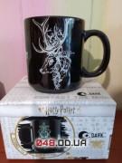 Чашка патронус светится в темноте Гарри Поттер