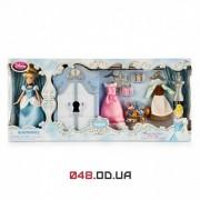 Игровой набор Дисней Гардероб мини кукла Золушка (в наборе платья, аксессуары)