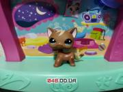 Фигурка Littlest pet shop Кошка стоячка шоколадного цвета с чубчиком светлым