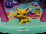 Фигурка Littlest pet shop кошка-стоячка желтая с белой завитушкой