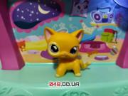 Фигурка Littlest pet shop кошка-стоячка желтая, глаза лавандовые с зрачками-лунами