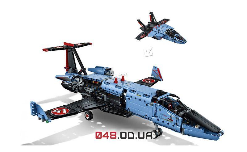 LEGO Technic Сверхзвуковой истребитель (42066)