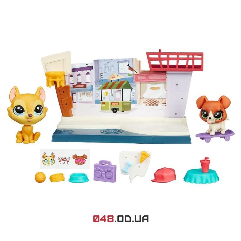 Игровой набор Littlest Pet Shop кафе с фигурками Hansamu Inu и Buster Boodles, Pet Tales