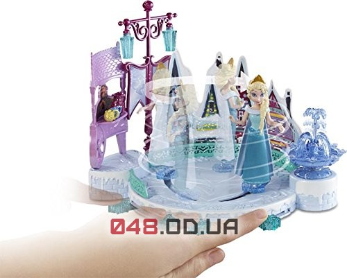 Игровой набор Mattel мини кукла Эльза на катке