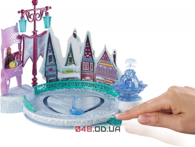 Игровой набор Mattel Эльза и каток, двигается по катку DFR88