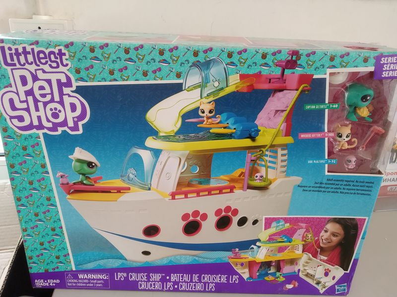 Игровой набор Littlest Pet Shop круизный корабль