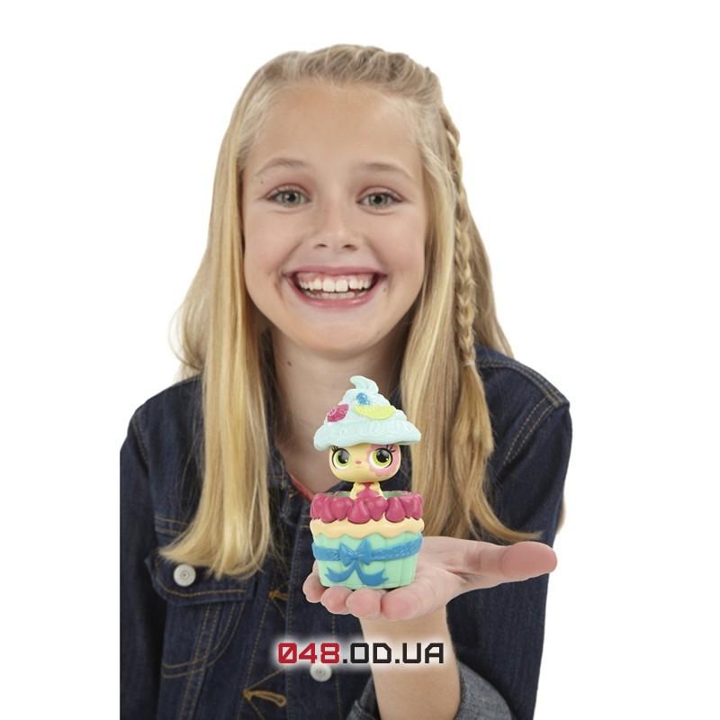 Игровой набор Littlest Pet Shop Хомячок и его домик-пирожное серия