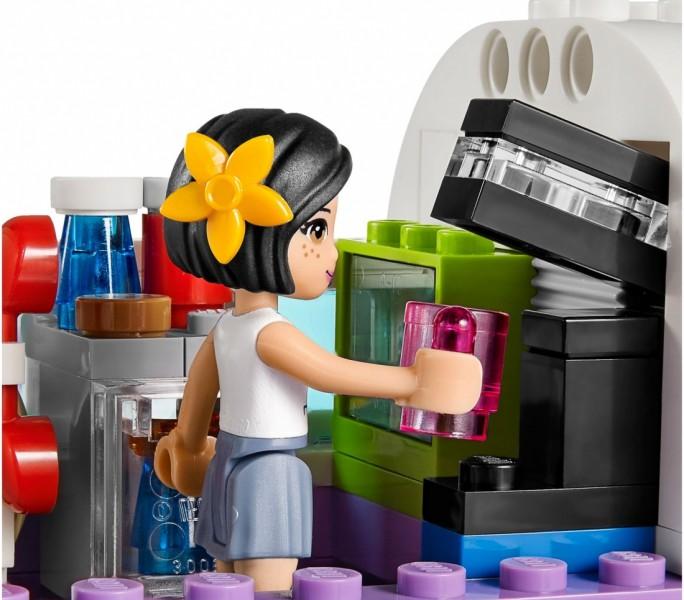 LEGO Friends Аэропорт в Хартлейке (41109)