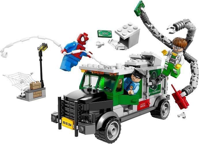 LEGO Super Heroes Человек-паук против Доктора Осьминога: ограбление грузовика  (76015)