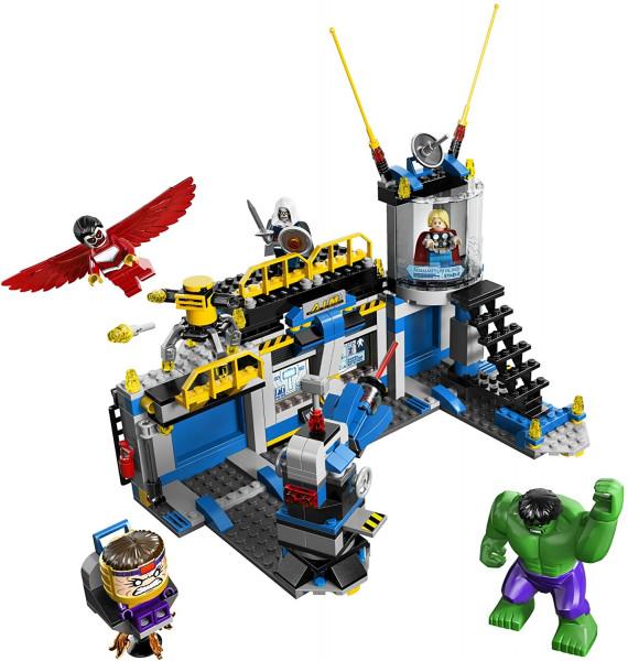 LEGO Super Heroes Разгром лаборатории Халком (76018)