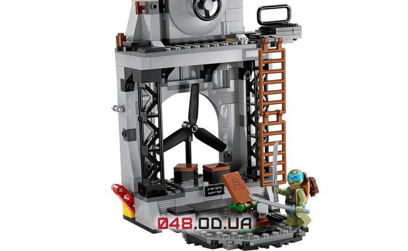 LEGO Ninja Turtles Нападение на логово черепашек (79117)